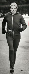 Erik Simonsen 67 år løbetræner en vinterdag i 1982.