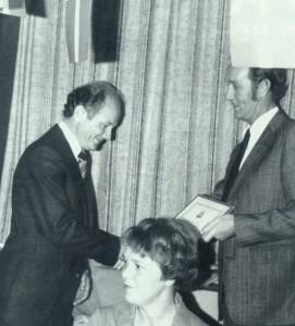 Knud Gadegaard udnævnes til æresmedlem i L.B.K. 1979.