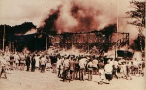 Tribunen brænder på Aalborg Stadion 1960